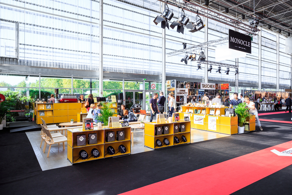 hall8_monocle-cafe